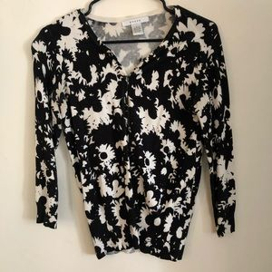 Floral cardigan, 3/4 length sleeves, s L